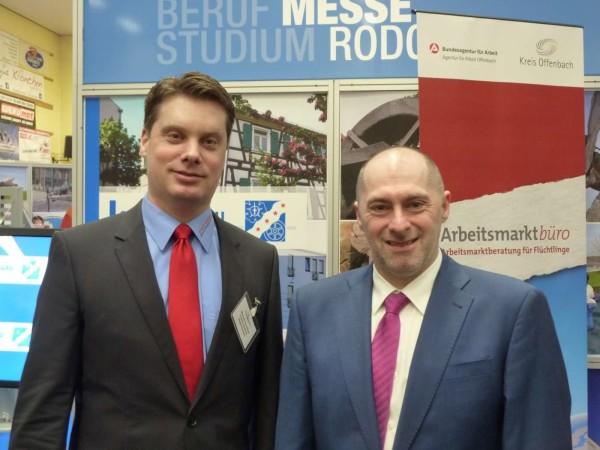René Rock mit dem 1. Stadtrat von Rodgau, Michael Schüßler (FDP)